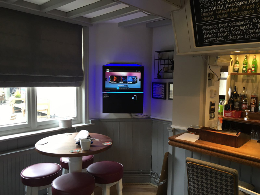 chequers-inn-jukebox